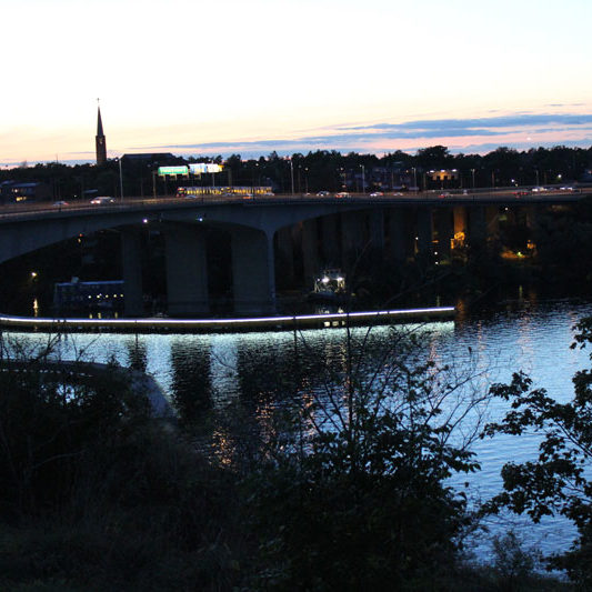 400m Ljuskabel runt Gröndalsbron, Stockholm